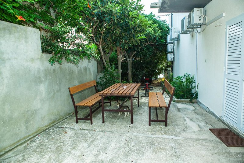 Celina Apartment Sleeps 2 with Pool and Air Con - 5842197, vacation rental in Ruskamen