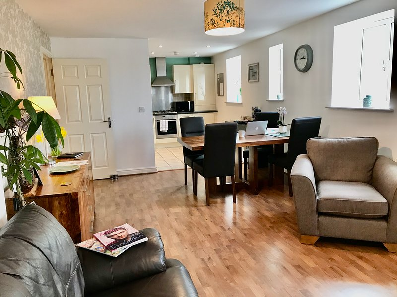 Relaxedly Superior Short Stays - The Orchid, vacation rental in Sandiacre