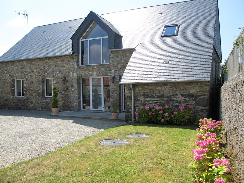 La Lucerie (BAY402), holiday rental in Bolleville