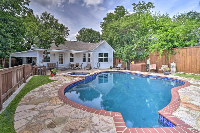 San Antonio House w/Private Pool, Spa & Grill, holiday rental in Balcones Heights