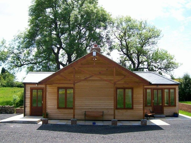 Little Owl Lodge, holiday rental in Ramshaw