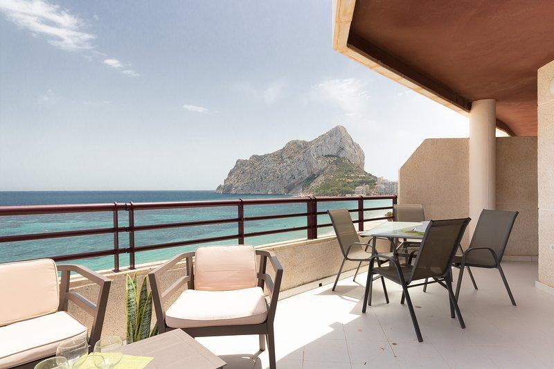 Topacio Penthouse 17A - Costa CarpeDiem, vacation rental in La Llobella
