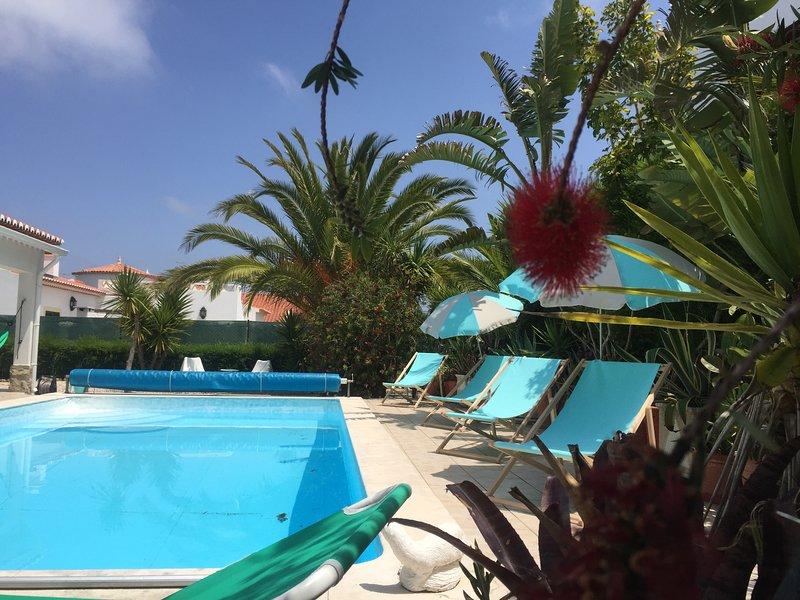Modern Spacious Private Holiday villa with pool close to the ocean, aluguéis de temporada em Aljezur