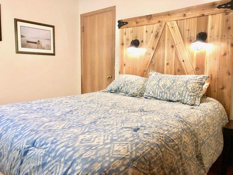 Cute Queen Bed