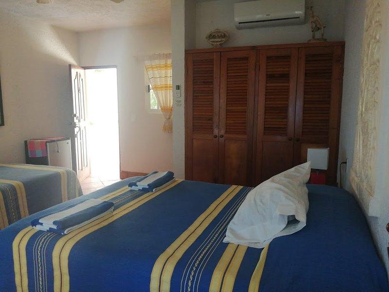 Casa Cenote Standard Room 2, holiday rental in Tankah Tres