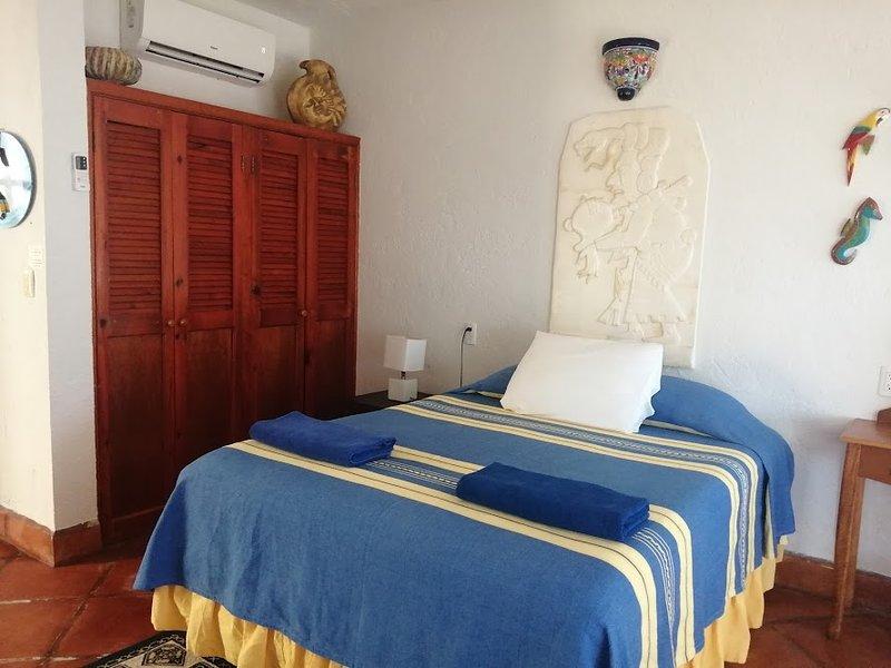 Casa Cenote Standard Room 1, holiday rental in Tankah Tres