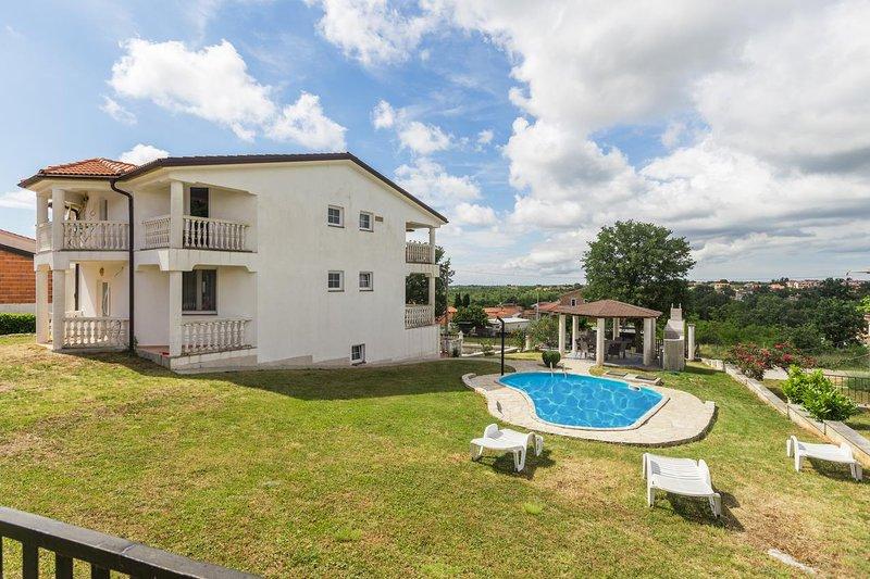 Comfortable and spacious house Radmani, Poreč (K-16440), holiday rental in Radmani