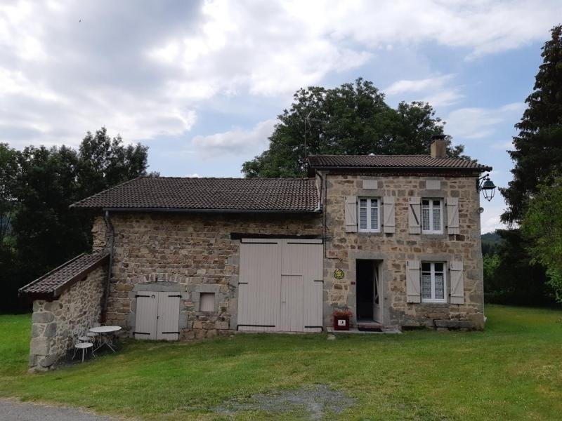 Le Bourg de Lavoine, vacation rental in Thiers City