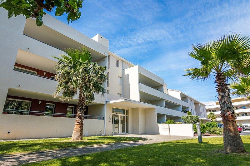 Appartement de standing à deux pas de la plage, vacation rental in Meze