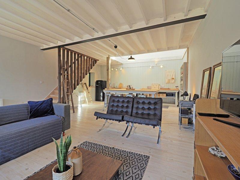 The Mews - renovated Mews house near the sea, location de vacances à Kingsgate