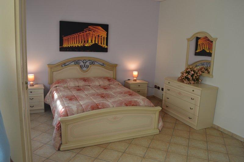 Casa vacanze Le stanze dell'Olimpo, vacation rental in Aragona