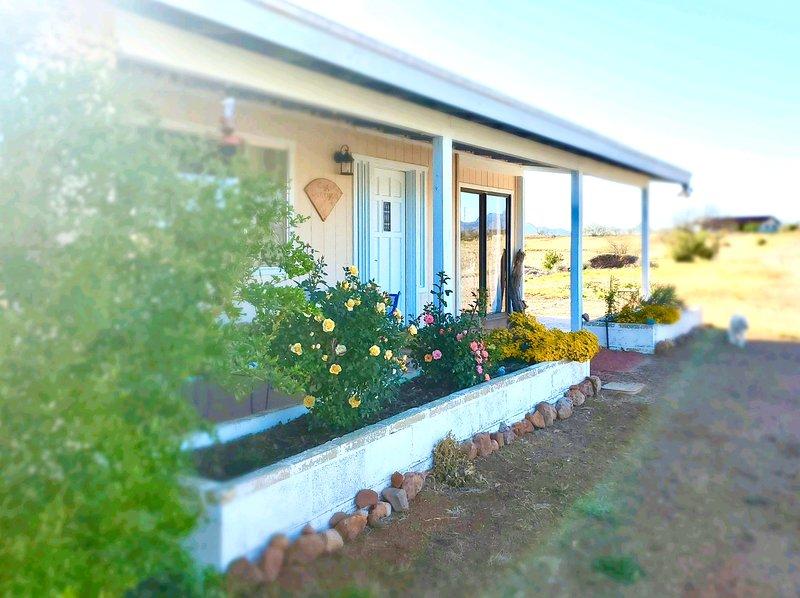 The Kestrel at  BirdSong: Close to Lake, Hiking and More, holiday rental in Nogales