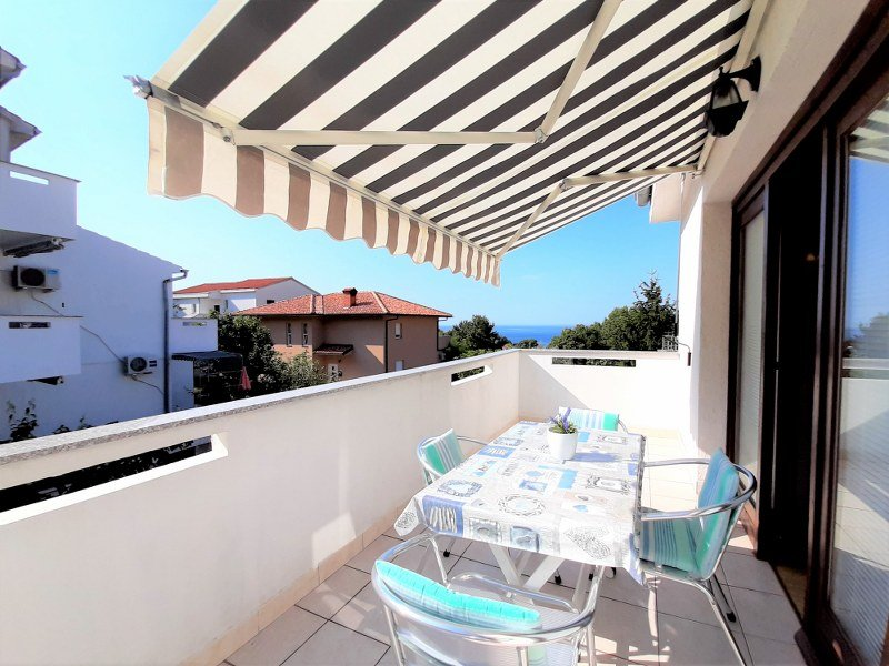 Apartment Almira with Sea view, vacation rental in Krk