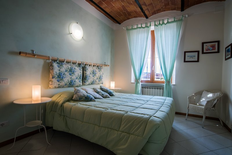 Camera matrimoniale, holiday rental in Tognazza