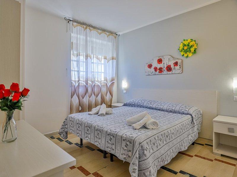 Room in hotel in Paestum 50 meters from the beach ID 3988, holiday rental in Santa Venere