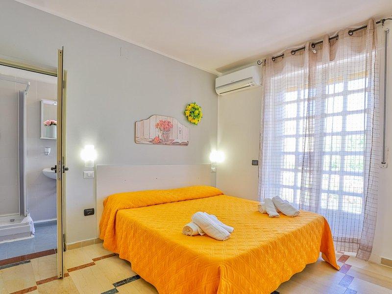 Room in hotel in Paestum 50 meters from the beach ID 3991, holiday rental in Santa Venere