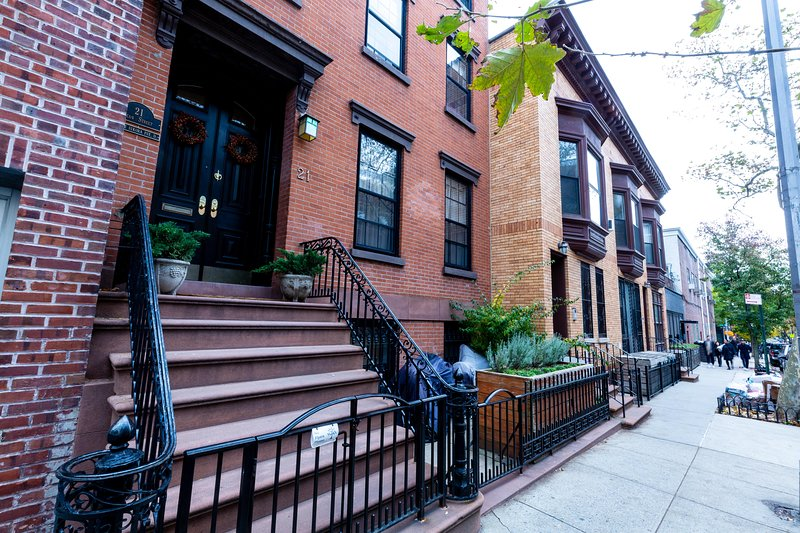 Cobble Hill Historic Brownstone, holiday rental in Brooklyn