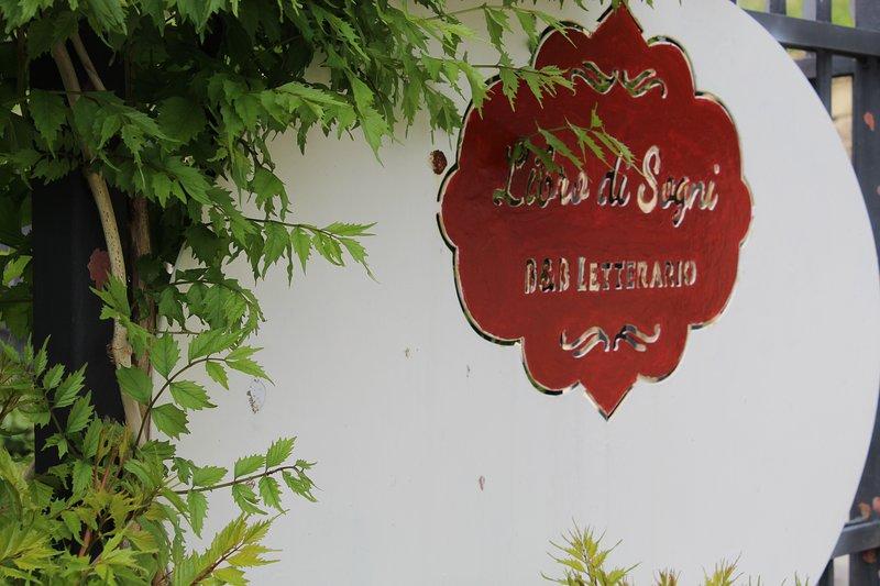 Libro di Sogni - B&B Letterario, holiday rental in Province of Caserta