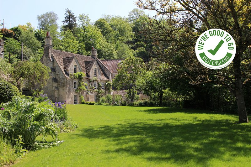 MIDFORD MILL - BATH - The Mill House at Midford Mill, Bath, holiday rental in Winsley