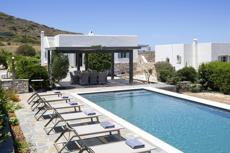 Villa Anemos · Villa Anemos, holiday rental in Ampelas