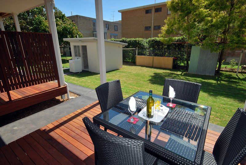 Florida Unit 4 - Shoal Bay, vacation rental in Greater Newcastle