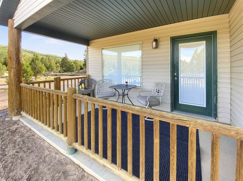 Robins Roost (A) - Beautiful setting and central to the national parks, holiday rental in Hatch