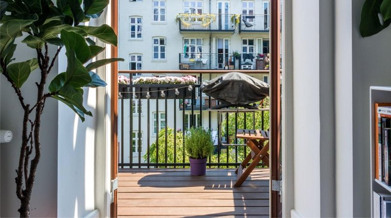 Stunning Apartment in Trendy Vesterbro With Balcony, Ferienwohnung in Roedovre Municipality