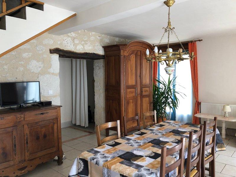 Holiday cosy house, alquiler vacacional en Agnac