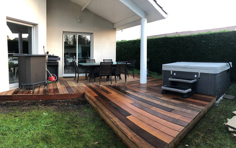 Maison proche Bordeaux  avec SPA 40m' bassin Arcachon, vacation rental in Sainte-Helene