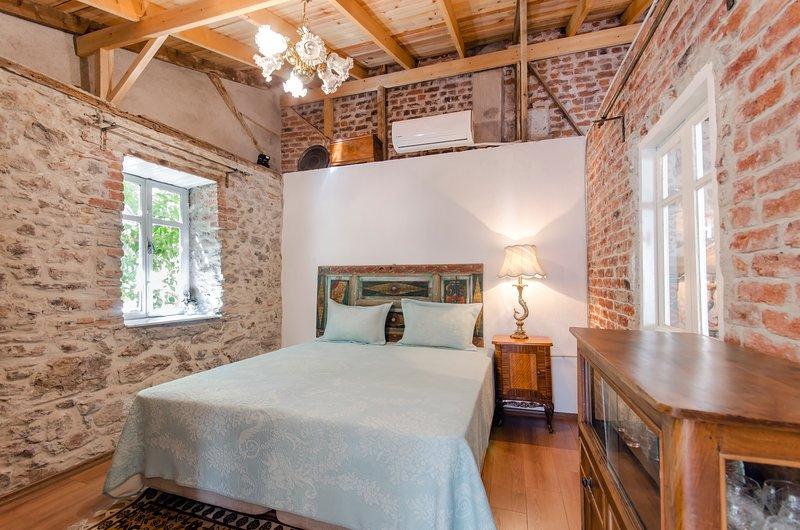 Iconic Stone House 2, aluguéis de temporada em Izmir