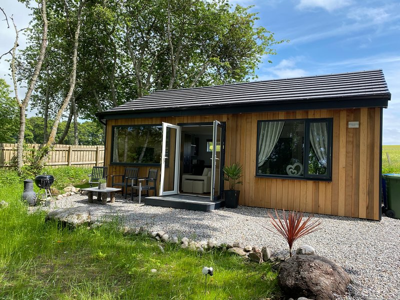 Brand new luxury lodge on the NC500 - Druid House Lodge, location de vacances à Munlochy