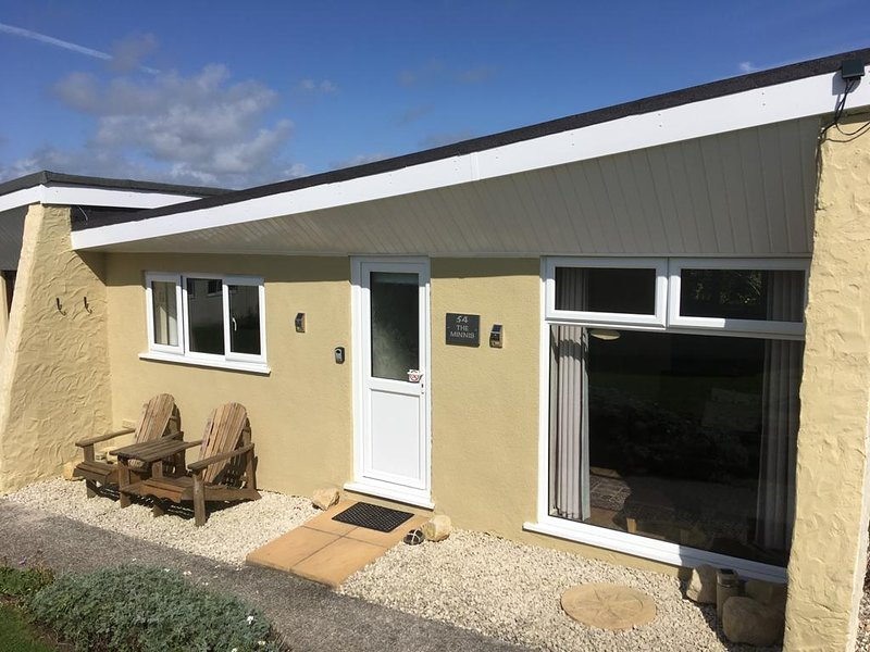 'The Minnis' Widemouth Bay Holiday Village, casa vacanza a Widemouth Bay