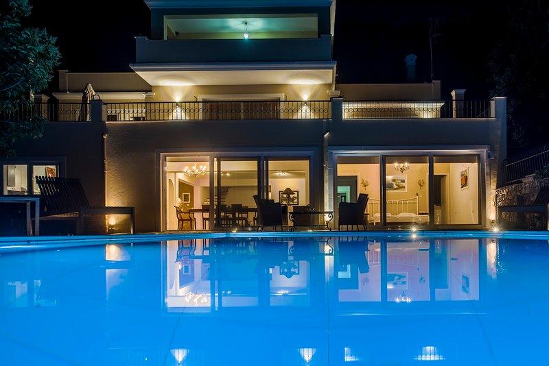 Villa F, location de vacances à Poulades