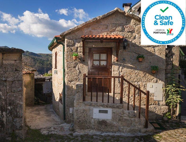 Casa em Pedra para 2 pessoas Gerês, vacation rental in Muinos