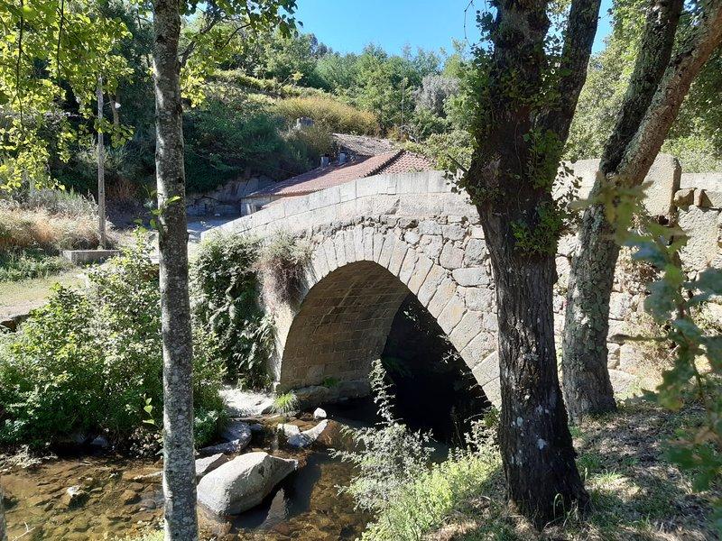 Romanesque bridge of Esmoriz, from the Romanesque Route. A 5 minutes walk from Solar da Motta.