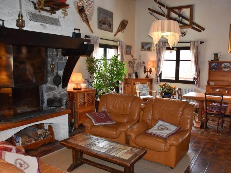 Chaleureux chalet, typique et au calme, vacation rental in Bozel