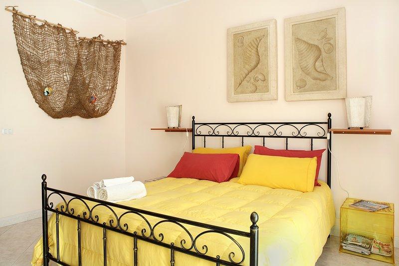 [ Taormina-Etna-Catania-Siracusa ] Apartment with big terrace, parking  near sea, holiday rental in Scillichenti