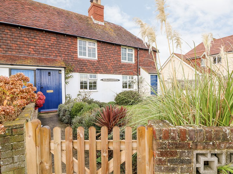 Fisherman's Cottage, Bexhill-On-Sea, holiday rental in Pevensey