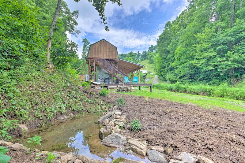 Make this one-of-a-kind cabin your new home base in Marshall!