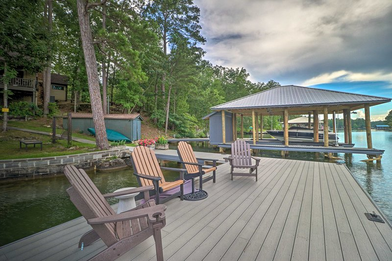 Come to this Lake Martin home for a summer reprieve or the changing fall leaves!