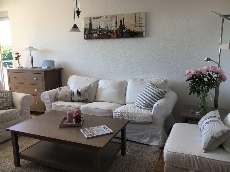gemütliche 4-Zimmer-Ferienwohnung nahe Hamburg in Quickborn, holiday rental in Gruenendeich