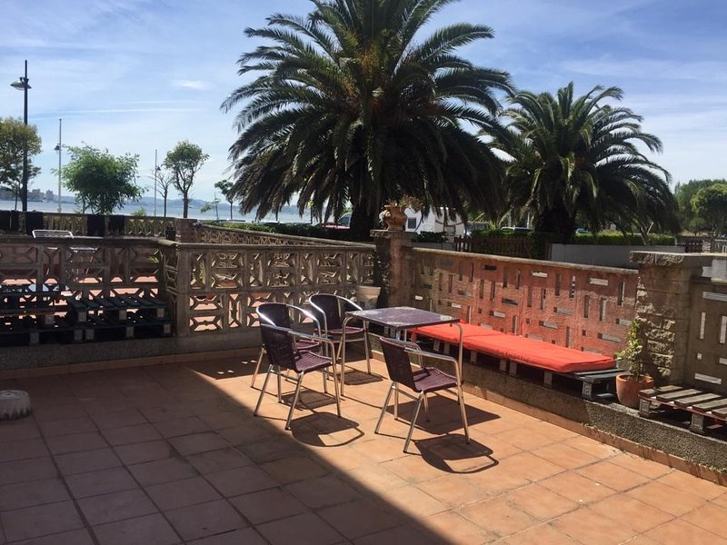 precioso apartamento junto al mar, casa vacanza a La Cavada