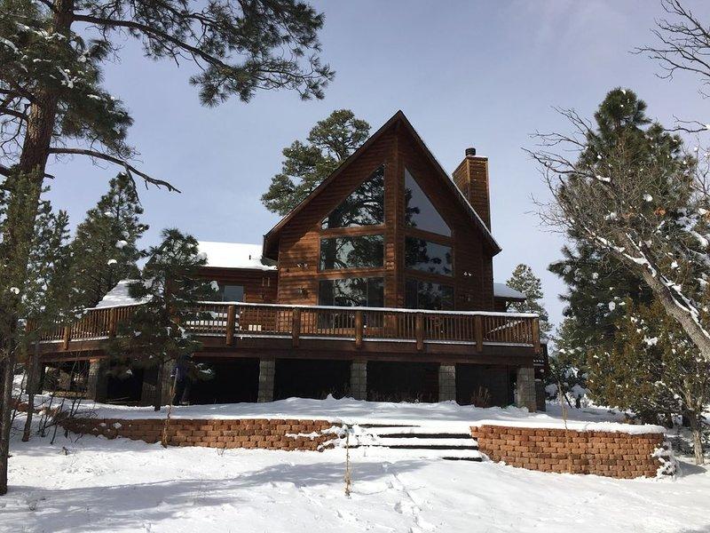 Enjoy the Cool Pines of Happy Jack in Luxury Cabin, location de vacances à Mormon Lake