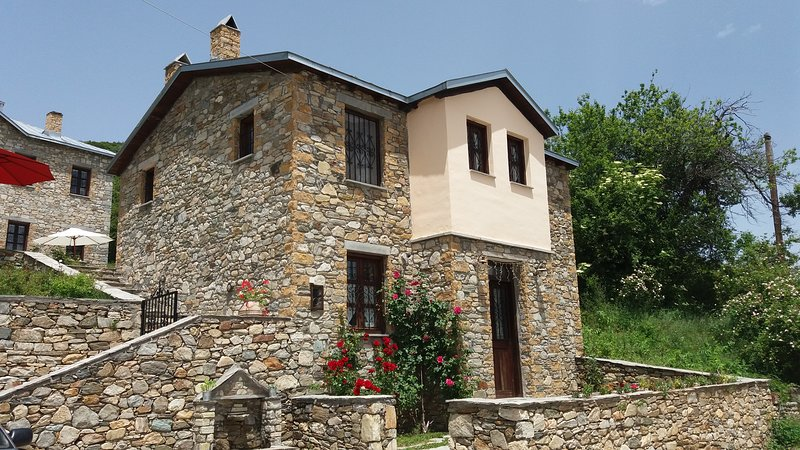 Konto bnb guesthouse kontogianni, holiday rental in Kastoria Region
