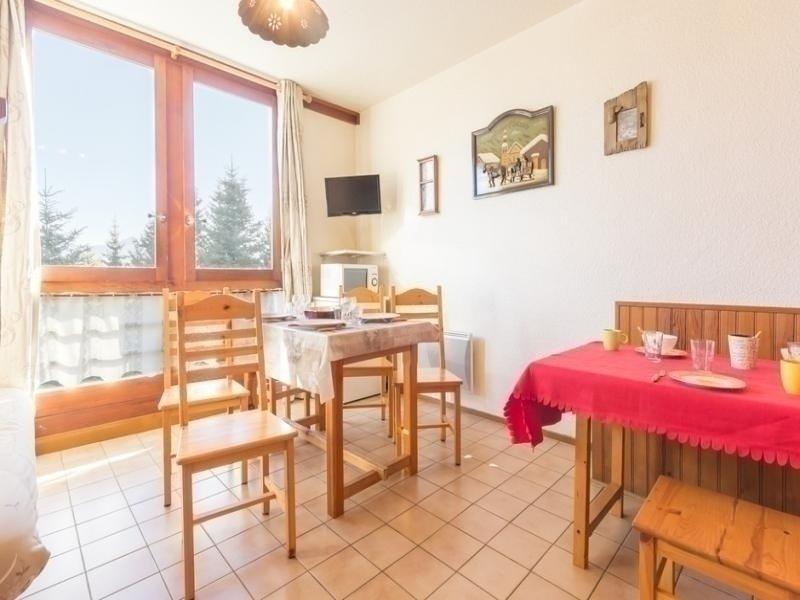 STUDIO ALCOVE CONFORT DE 24 M² AU CENTRE DE STATION, holiday rental in Le Corbier