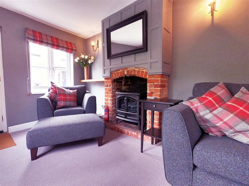 Lovely cottage - recently awarded a Certificate of Excellence from Trip Adviser, holiday rental in Occold