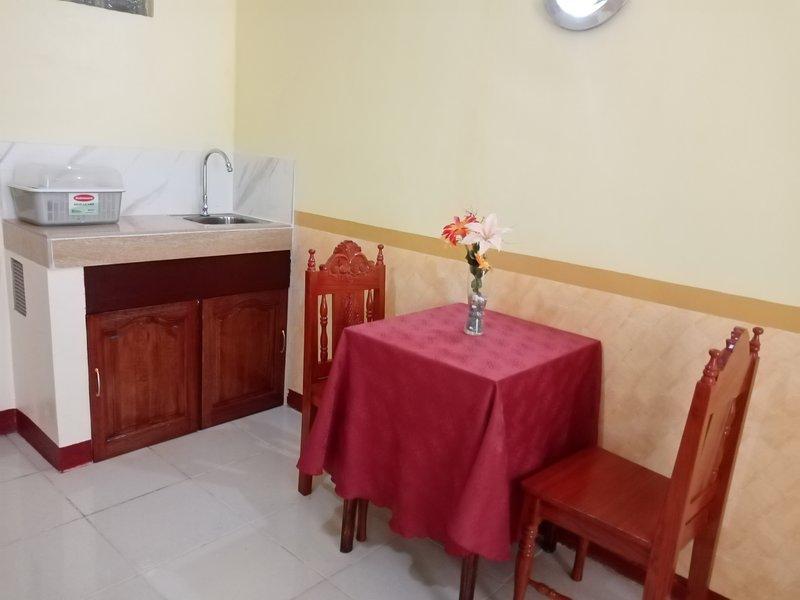 Lucky Garden Studio Apartment 27R, holiday rental in Bancao-Bancao