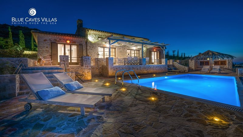 Villa Harmonia - Blue Caves Villas, holiday rental in Agios Nikolaos