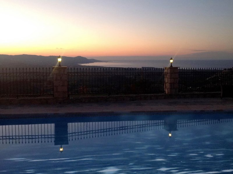 Private villa stunning sea views, heated pool, outdoor bar, outdoor TV, holiday rental in Steni
