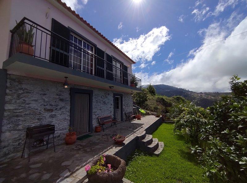 Casa da Laranja by MHM, holiday rental in Ribeira Brava
